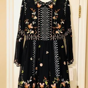 NWT French Connection Embroidered Dress Sz 6 GORG!